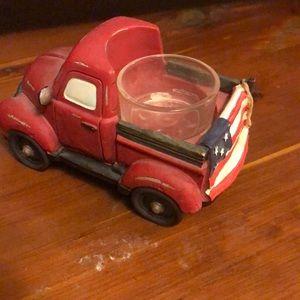 USA Pickup Truck tea light holder.